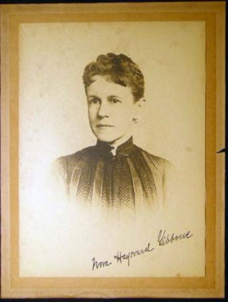 Circa 1895 Photograph Signed of Nora Hayward Gibbons. Americana - 20th Century - Photography -...
